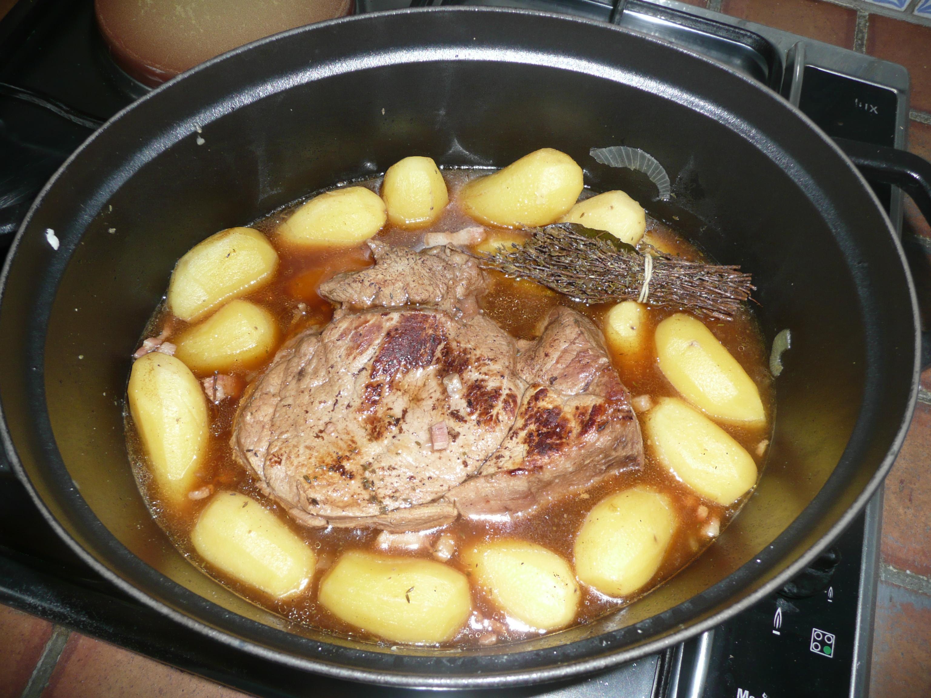 Veau au jus fa on grand m re tout le monde peut cuisiner - Cuisiner le veau en cocotte ...